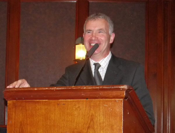 Newry Legend and Guest of Honour Ollie Ralph speaking in the Canal Court hotel on Thursday night.
