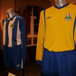 Newry City AFC's home and away kit.